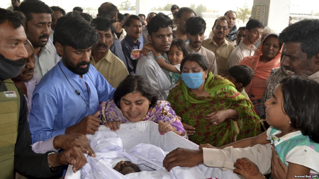 Pakistani Christians Killed In Drive-By Shooting